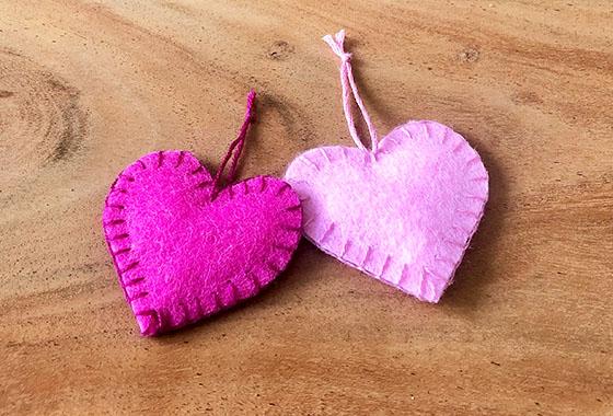 Filzherzen, Filz, Muttertag, Rosa, Pink, Handarbeit, Sticken, DIY